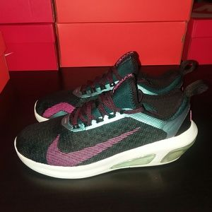 Nike Shoes - Nike Air Max Fly
